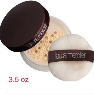 Laura Mercier Delux/Mini Size Translucent Powder